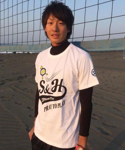 tshirt_beachvalley_model02