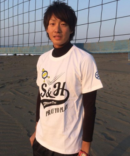 tshirt_beachvalley_model02