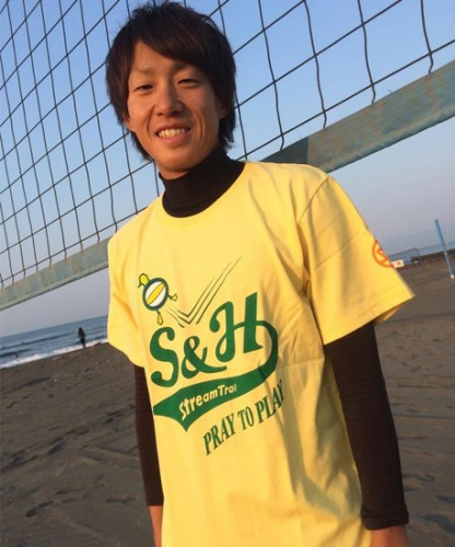 tshirt_beachvalley_model03
